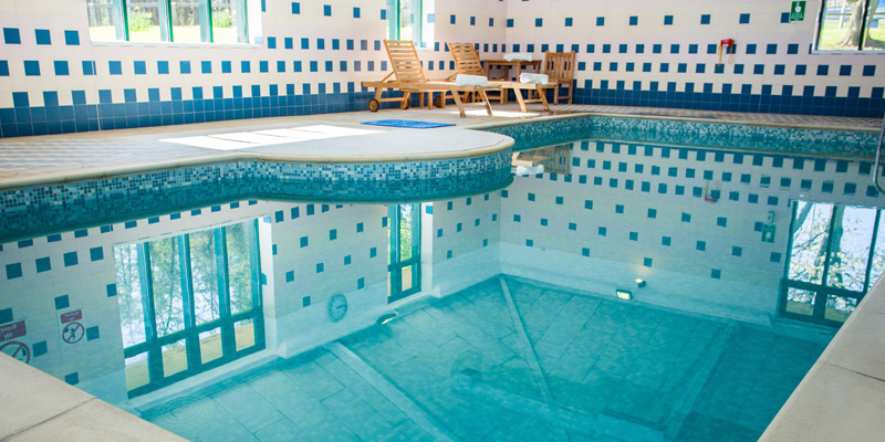 jurys inn east midlands pool